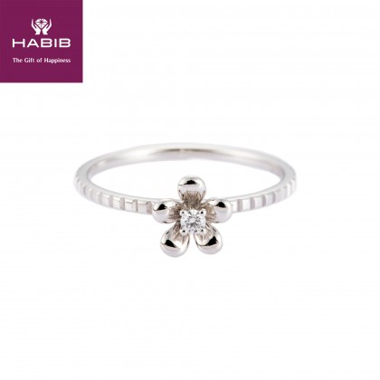 Anemone Diamond Ring in 375/9K White Gold A0440