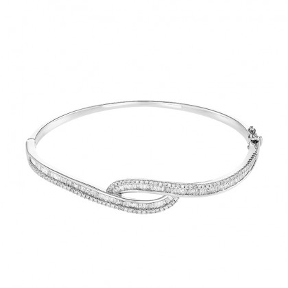 Relin Round and Baguette Diamond Bangle in 375/9K White Gold 67882