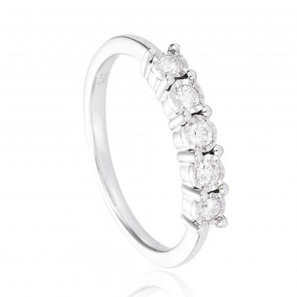 Alysha Diamond Ring in 375/9K White Gold