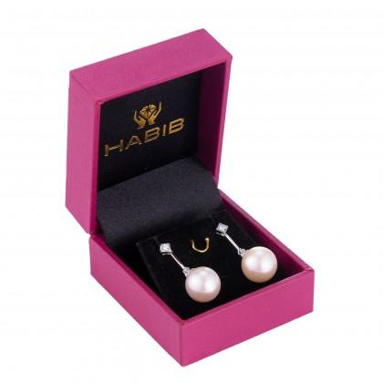 Omaira Pearl Round Diamond Earrings in 750/18K White Gold ER000985A